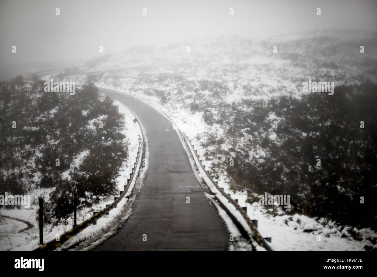 SC 439 road with snow - Church Hill City Urubici - Stock Image