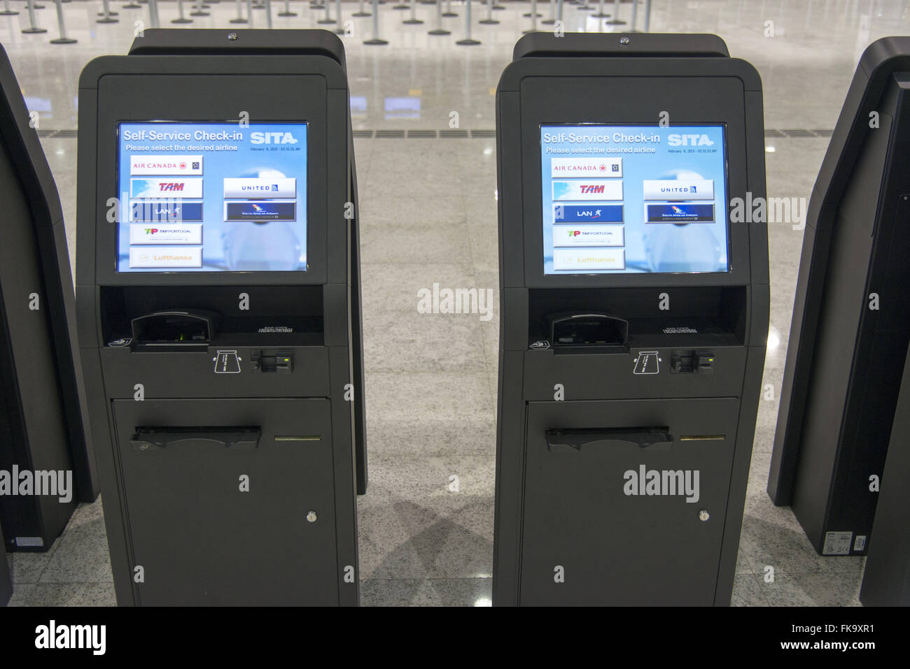 Electronic check-in machines from Terminal 3 of the São Paulo International Airport / Guarulhos - Stock Image