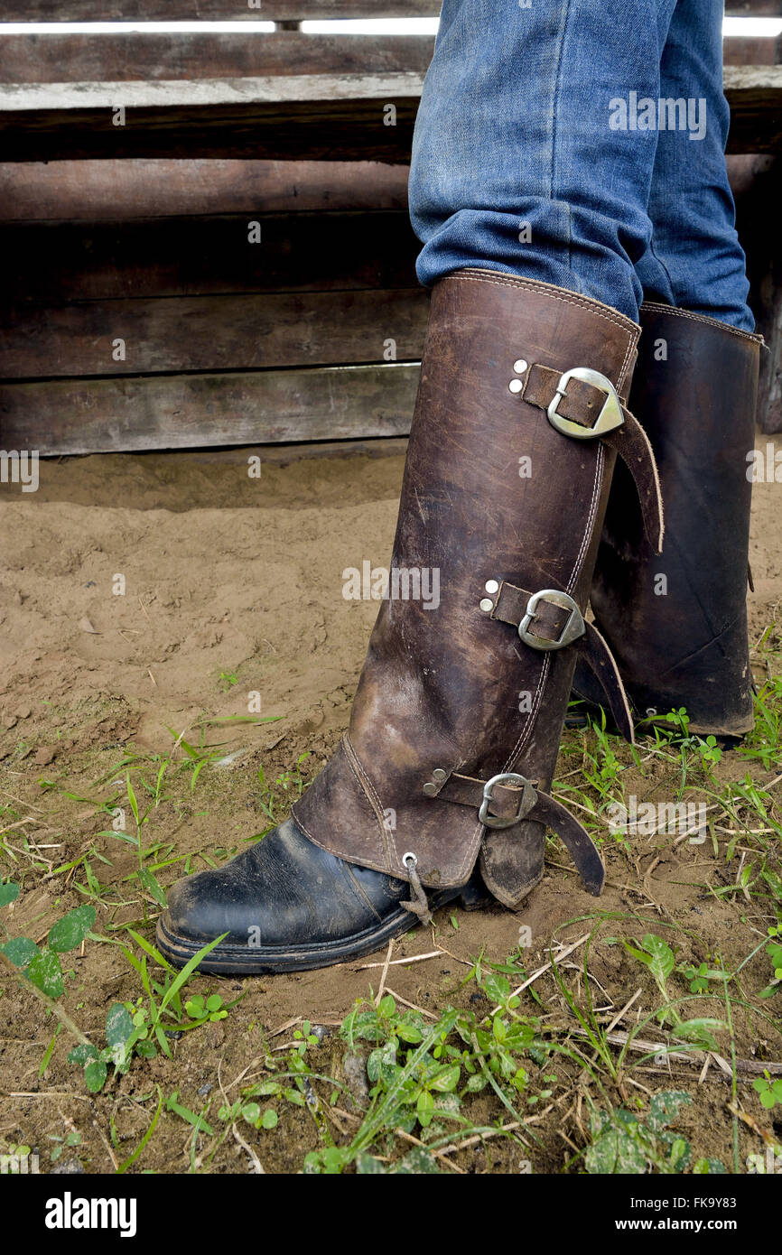 Leggings to protect the Pantanal in dealing with cattle and the foragers activities - South Pantanal - Stock Image