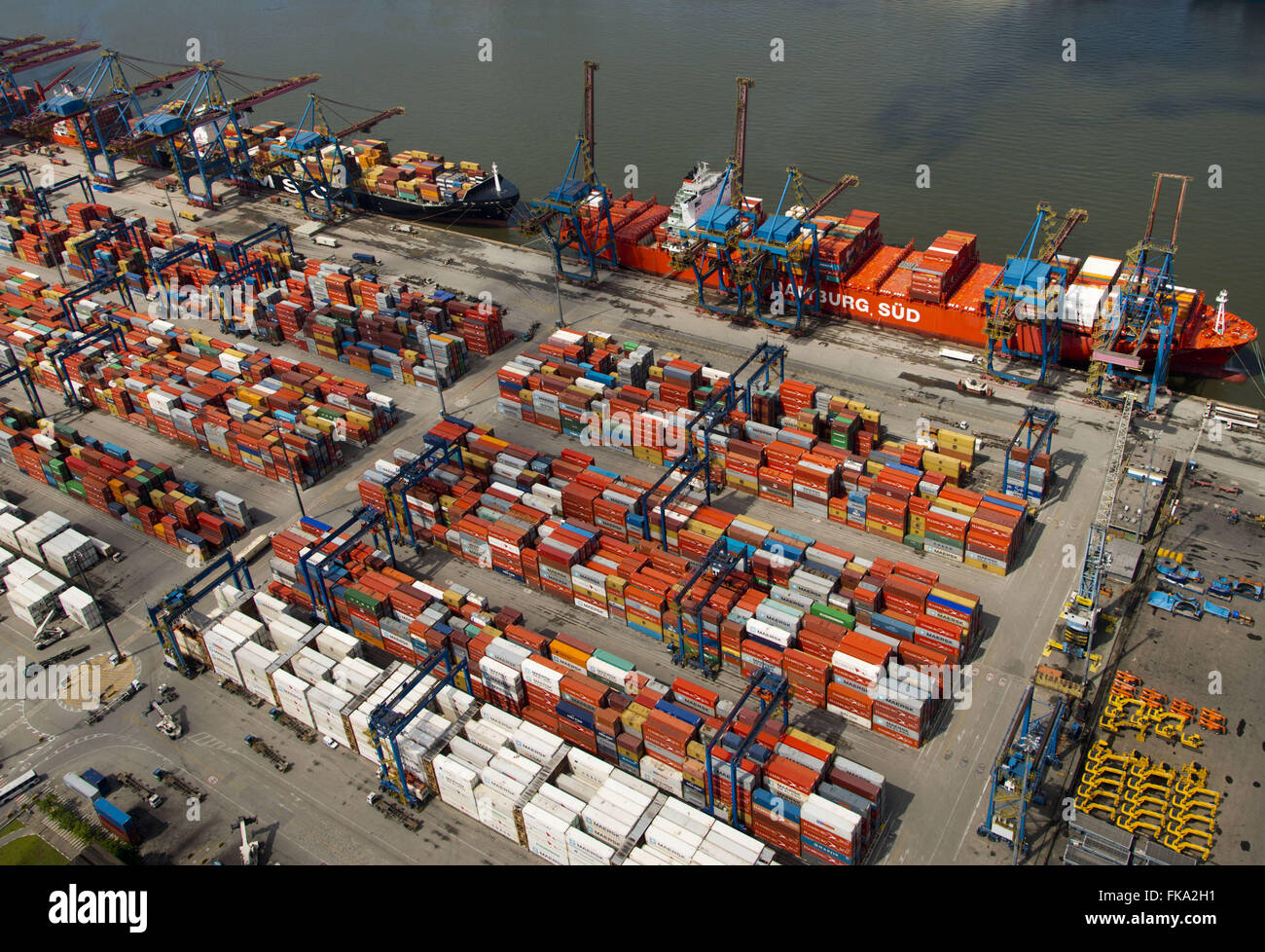 TECON - Terminal containers on the left bank of the Port of Santos - Stock Image