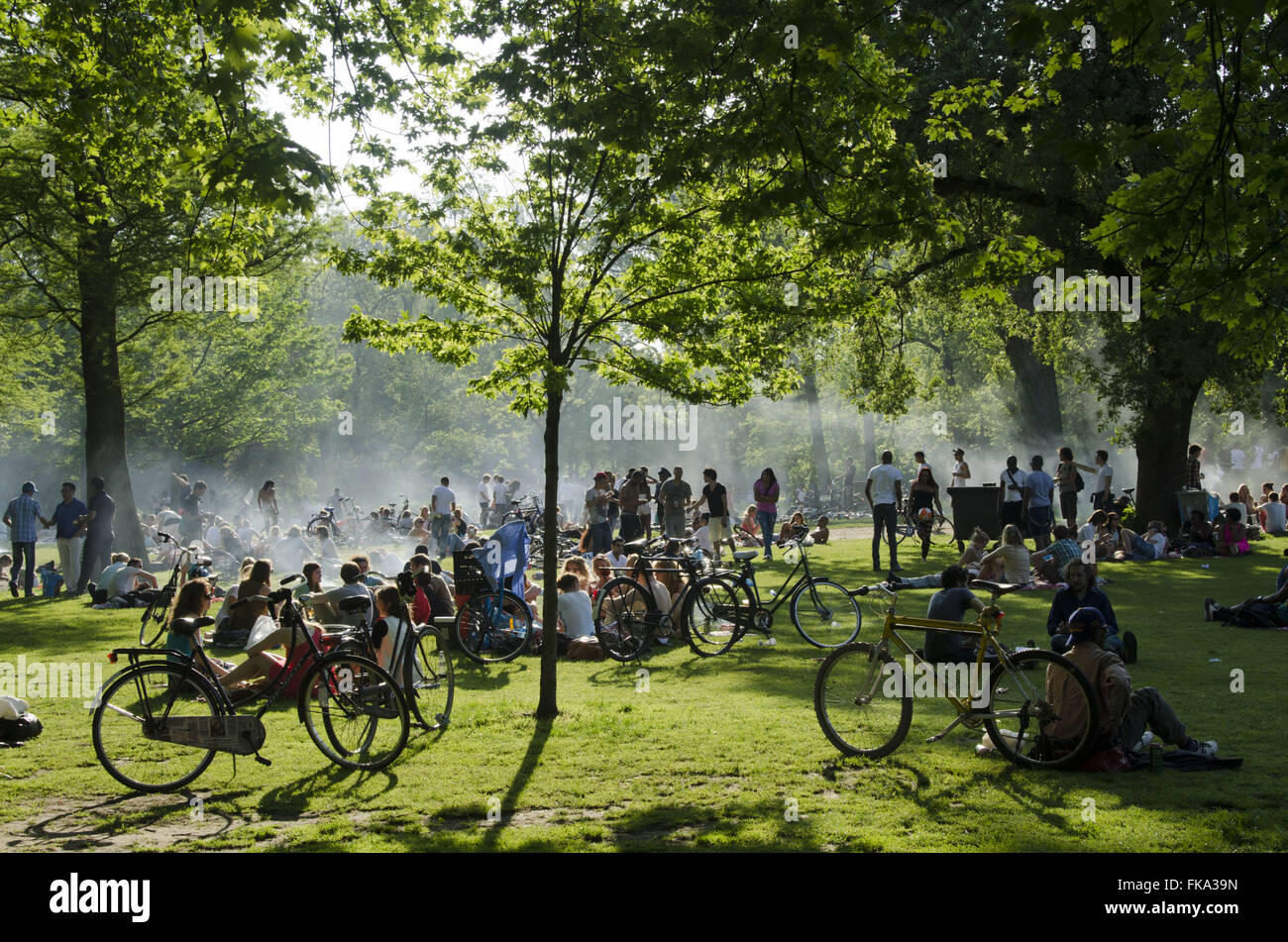 Population in the Vondelpark on a hot day - southern city Stock Photo