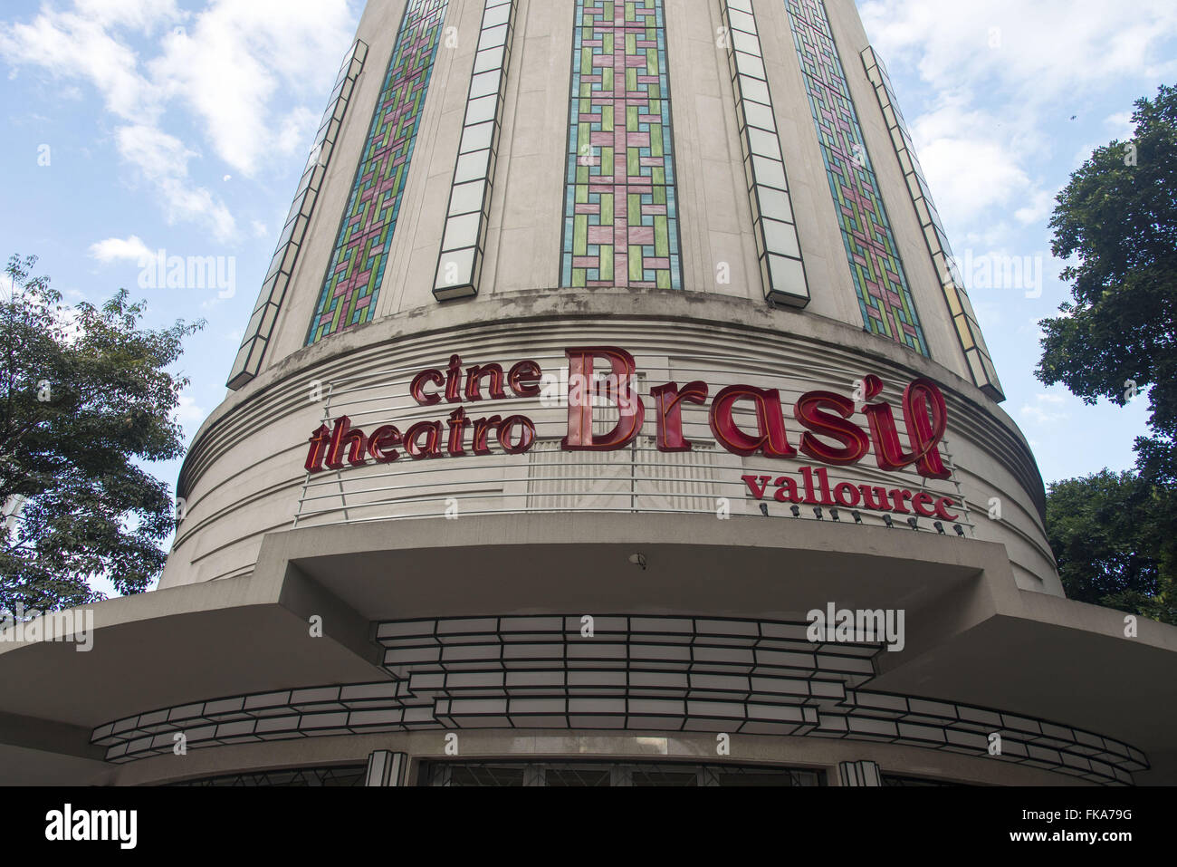 Cine Theatro Brazil Vallourec at the corner of Amazonas avenues and Afonso Pena - Stock Image