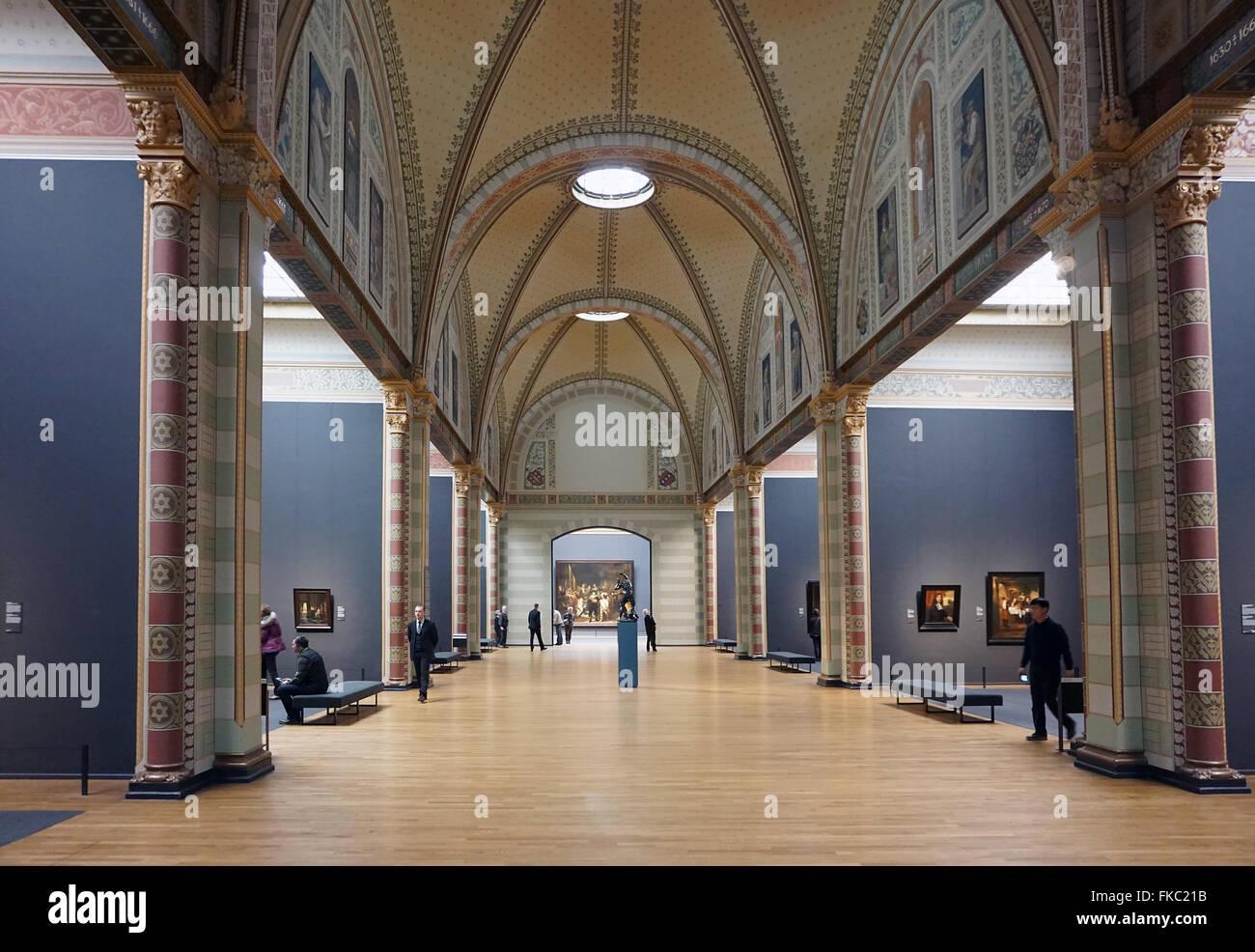 https://c8.alamy.com/comp/FKC21B/interior-of-the-rijksmuseum-amsterdam-with-the-nachtwacht-FKC21B.jpg