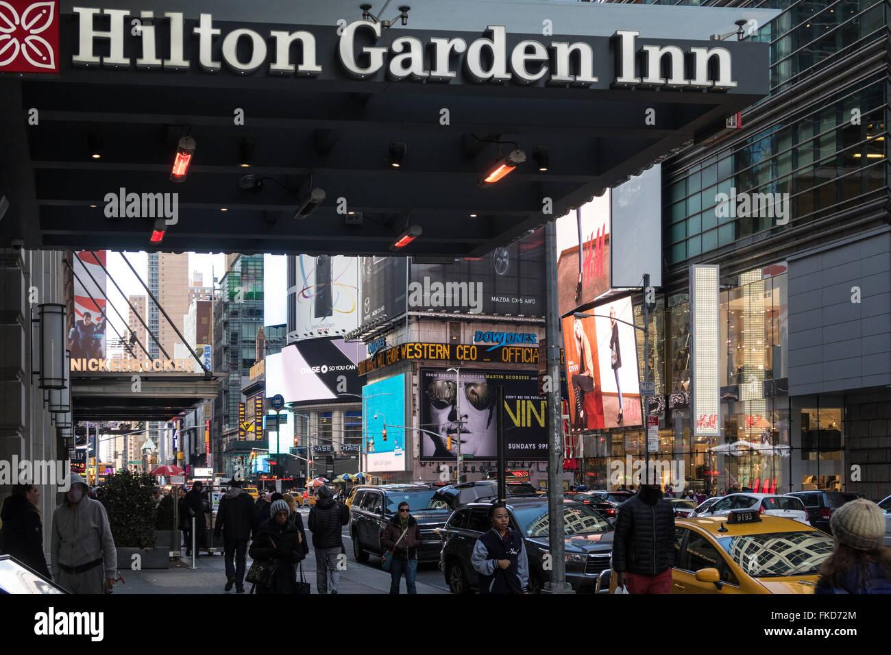 hilton garden inn front entrance sign 42nd street times square - Hilton Garden Inn Time Square