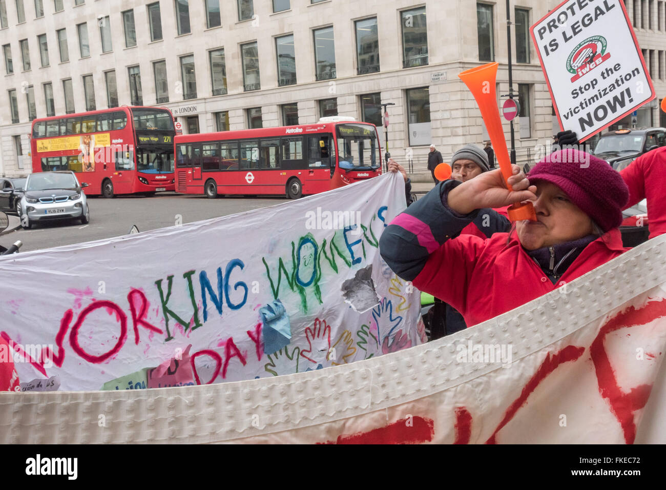 London, UK. 8th March, 2016. IWGB union members protest noisily outside Bloomberg's London offices with an International - Stock Image