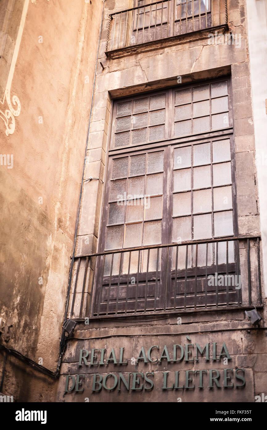 Palau Requesens, gothic style, hosts Reial Acadèmia de Bones Lletres, Barcelona. - Stock Image