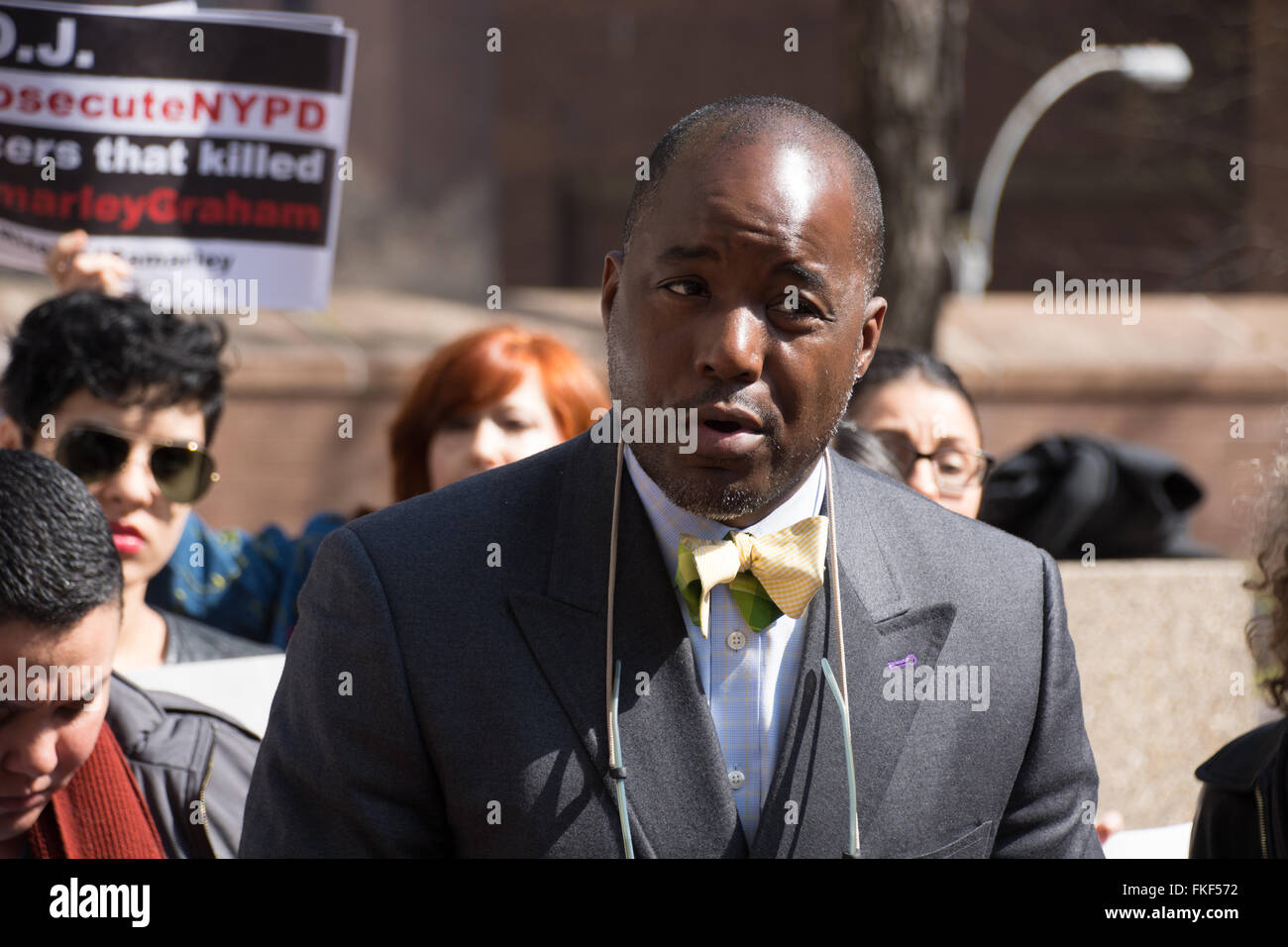 8th March 2016. New York, NY. Royce Russell, attorney for the family of Ramarley Graham, killed by a NYPD offiicer - Stock Image