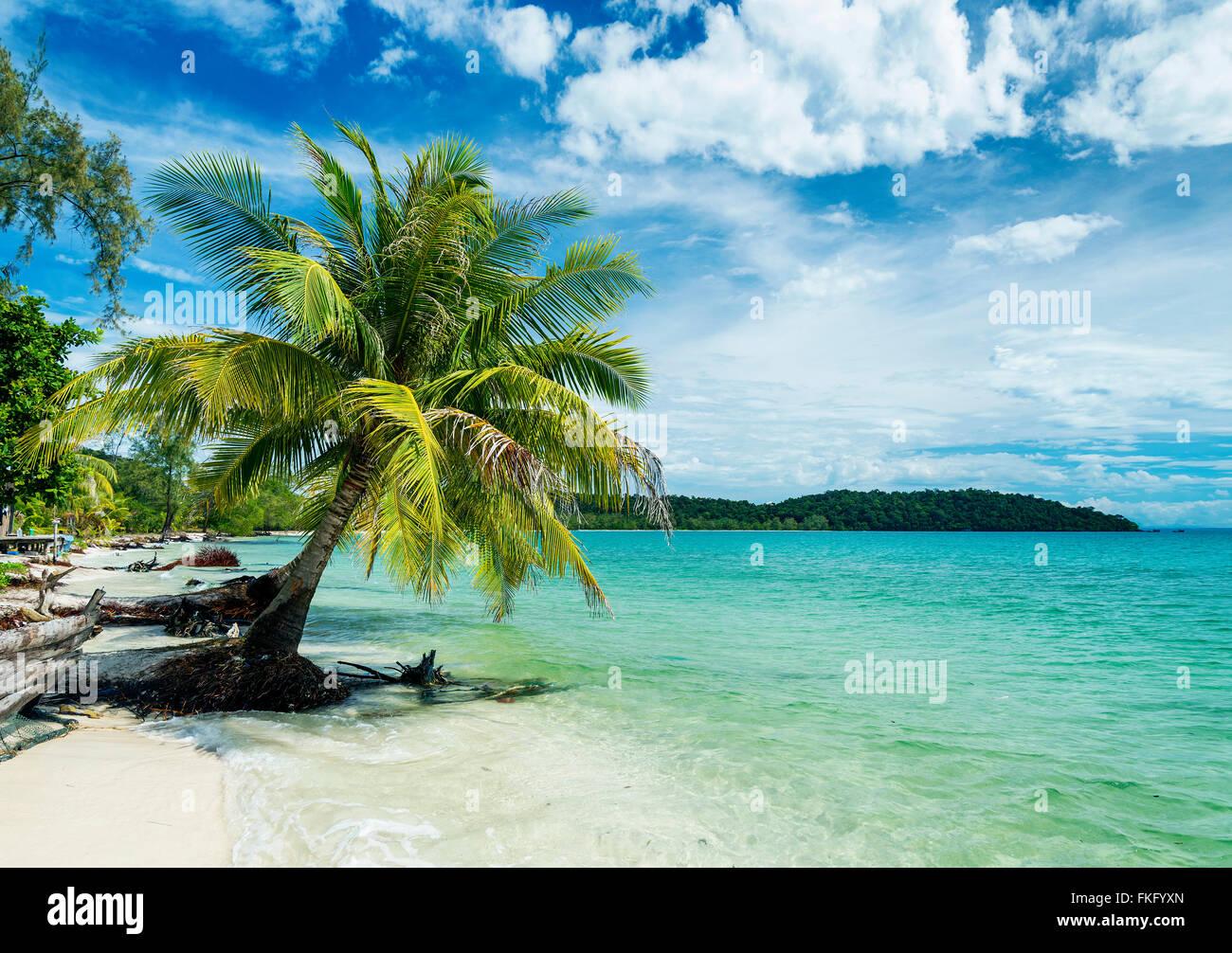 quiet empty paradise beach in koh rong island near sihanoukville cambodia - Stock Image