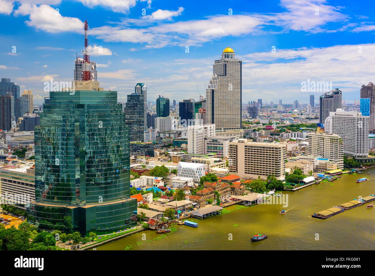Bangkok, Thailand skyline on the Chaopraya River. - Stock Image