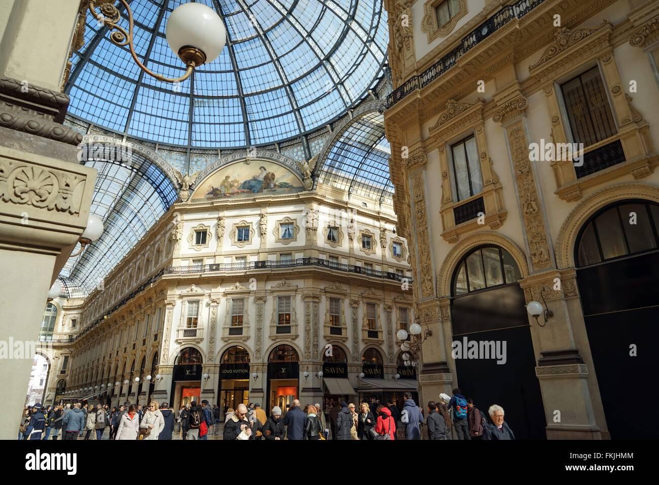 Italy: Louis Vuitton and Savini at Galleria Vittorio Emanuele II, Milan. Photo from 3. March 2016. Stock Photo