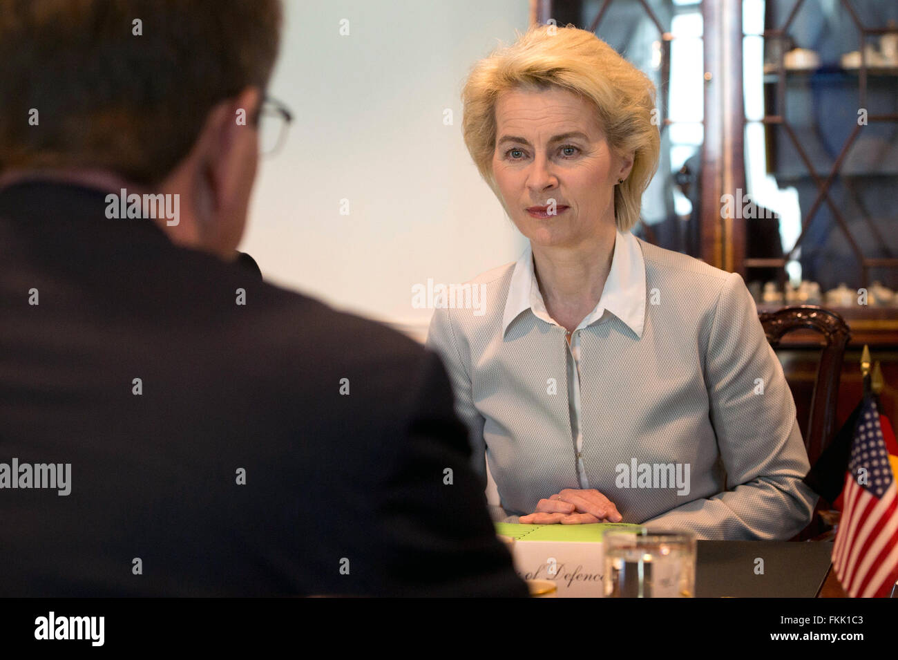 U.S Secretary of Defense Ash Carter and German Minister of Defence Ursula von der Leyen during their bilateral meeting - Stock Image