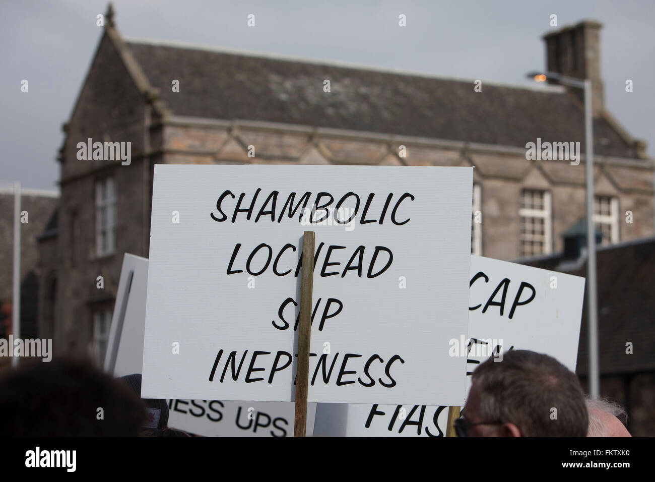 Edinburgh, UK. 10h March. Members of the Scottish agriculture and supporters (NFUS Scotland) are gathering outside Stock Photo