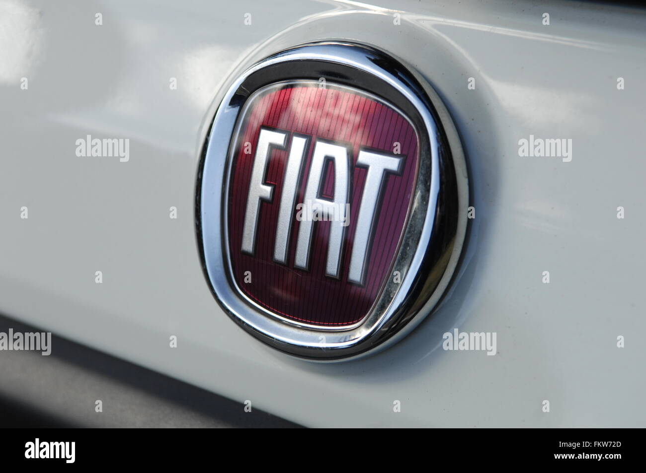 lineaclassic linea limited fiat section classic in best class india automobiles
