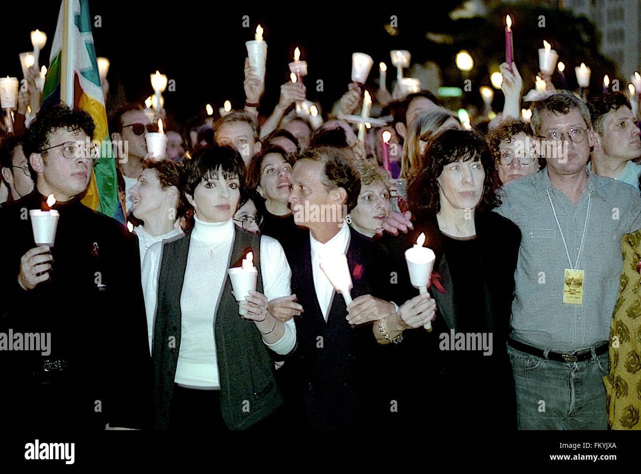 Washington, DC., USA 10th October, 1992 Liza Minnelli, Joey Gray, Patti Austin, Lily Tomlin, Cleve Jones march in - Stock Image