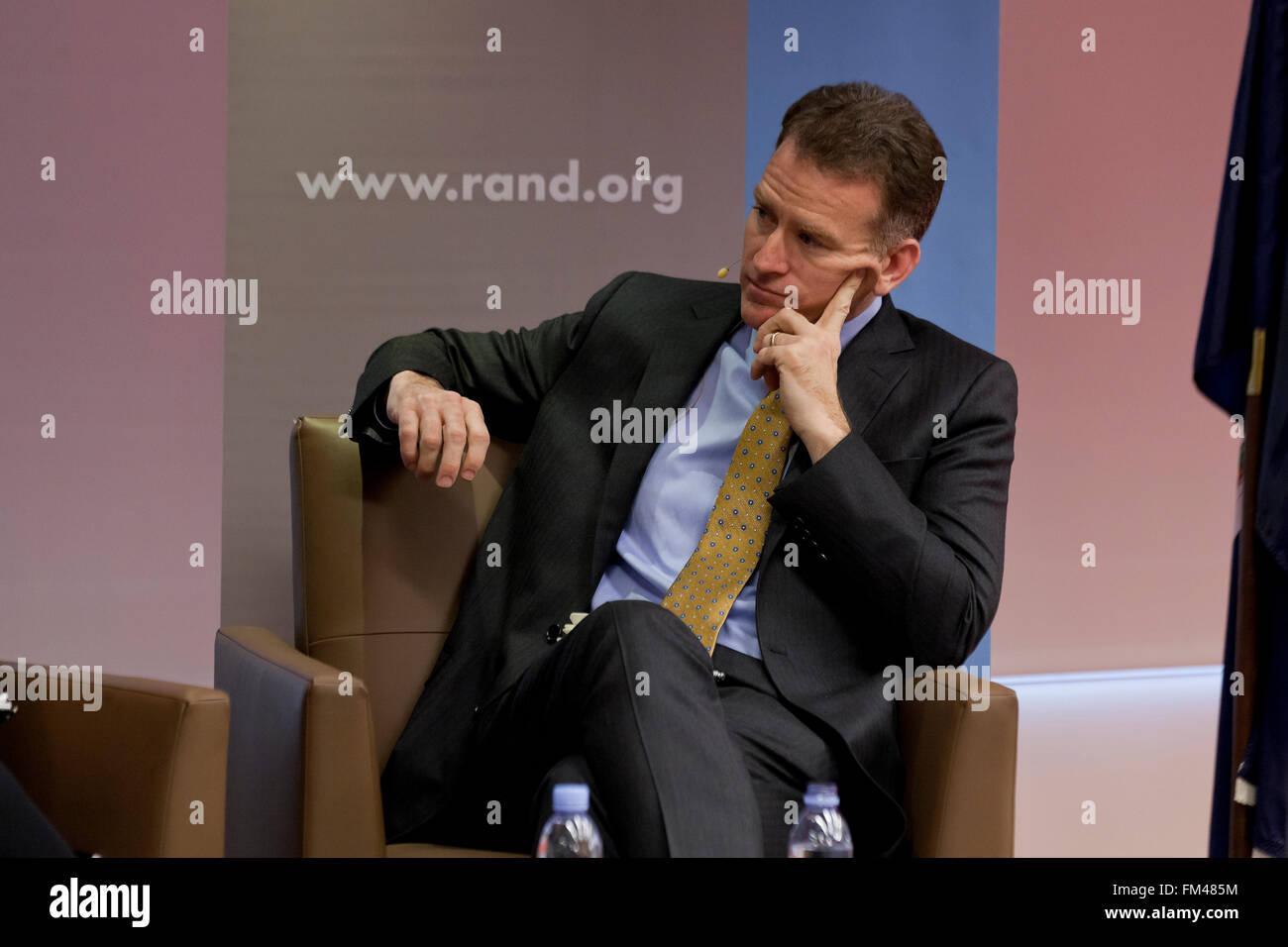 Steve Inskeep, NPR host of Morning Edition, moderating an Iran Deal conference at Rand Corporation - Arlington, - Stock Image