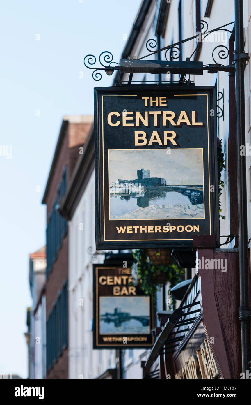 Central Bar, Carrickfergus, one of over 900 Wetherspoon's Bars in the UK. - Stock Image