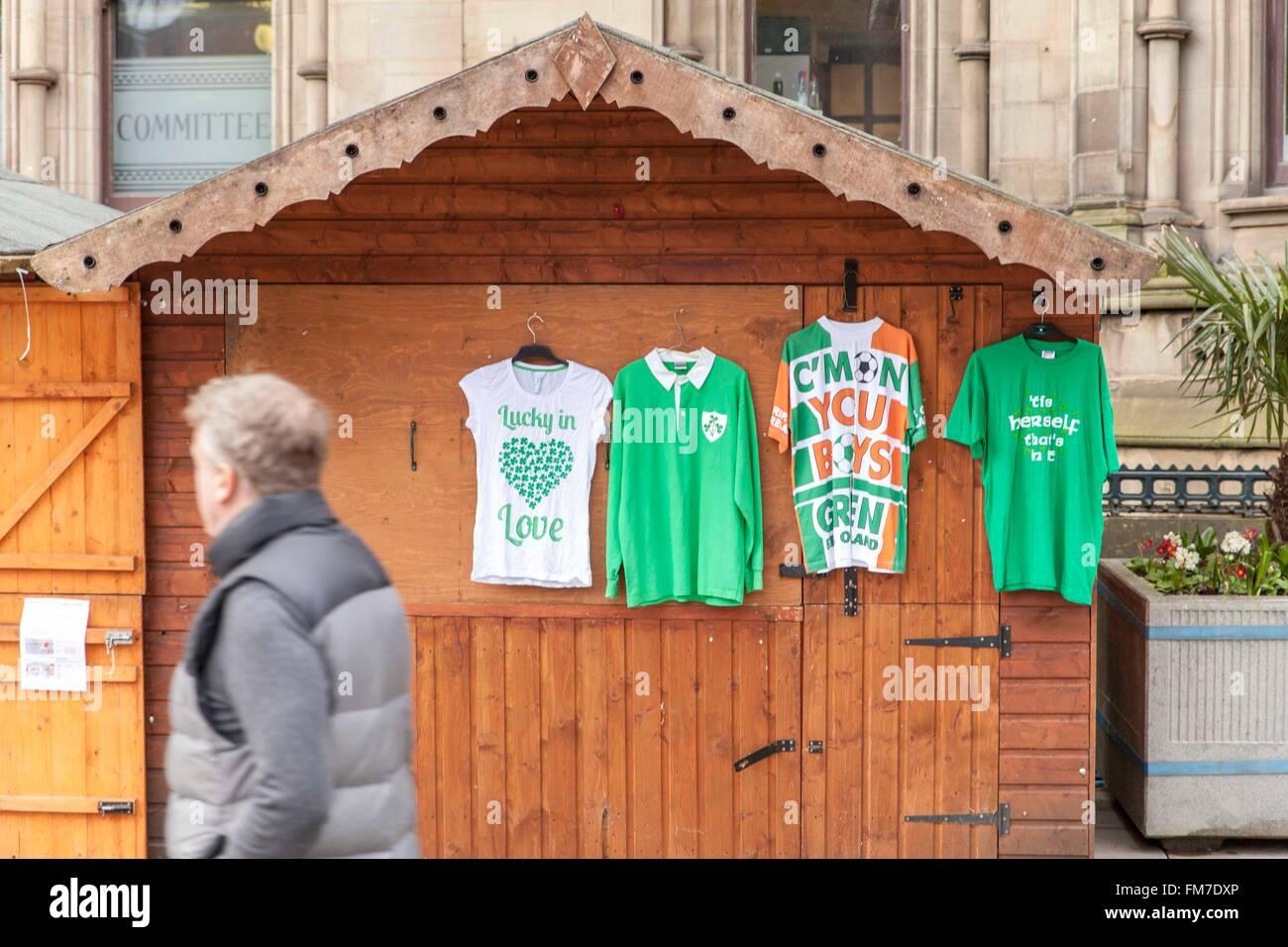 Manchester, Albert Square, 10th March, 2016. Irish memorabilia adorns a hut, as onlookers peruse the stall Credit: - Stock Image