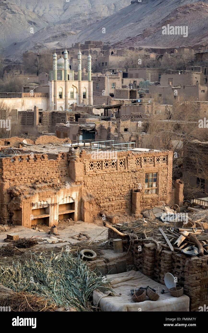 China, Xinjiang Uyghur Autonomous Region, Turpan (Turfan, Tulufan), Tuyoq (Tuyugou), an ancient oasis-village in - Stock Image