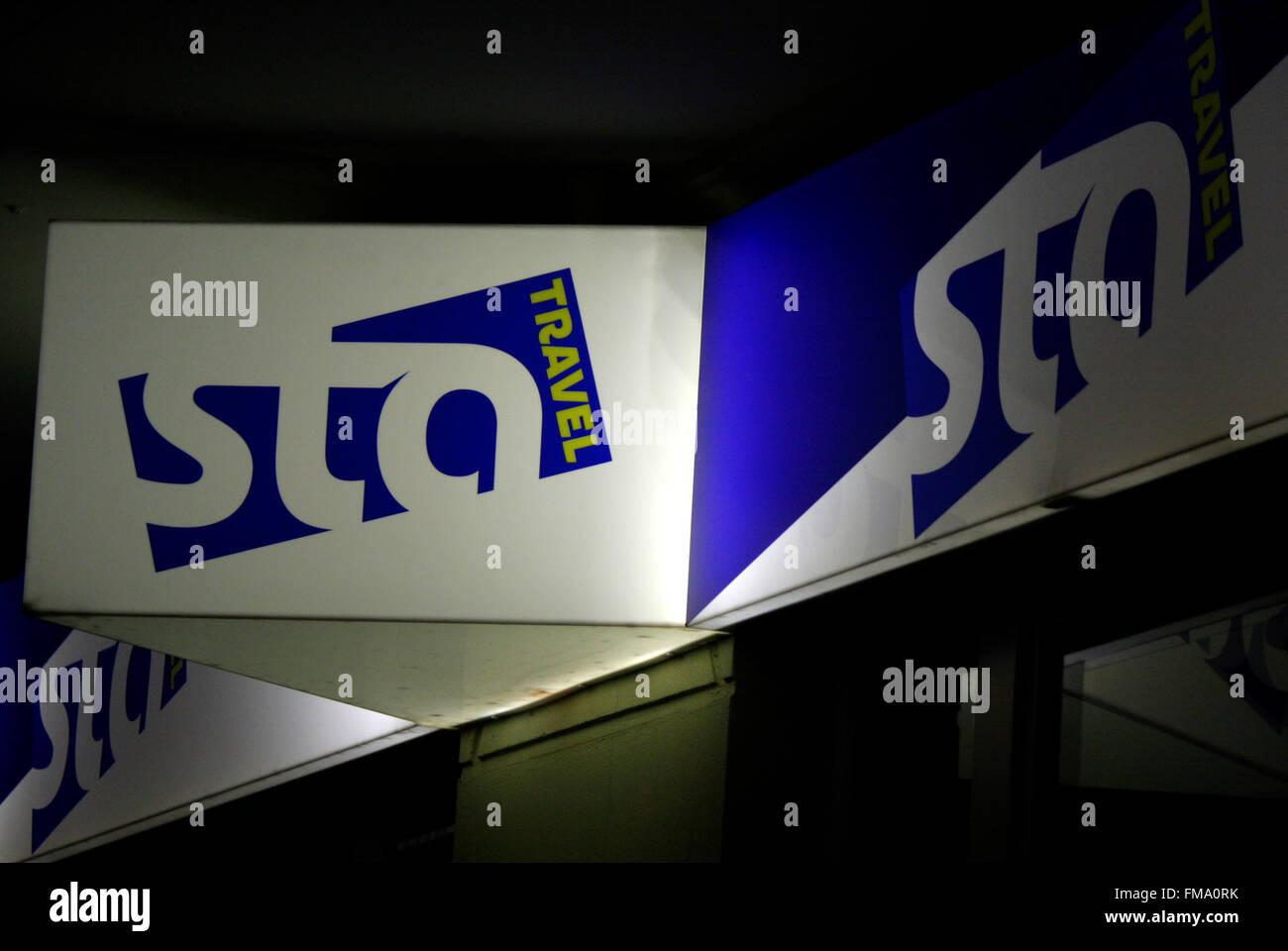 Markenname: 'sta travel', Berlin. - Stock Image