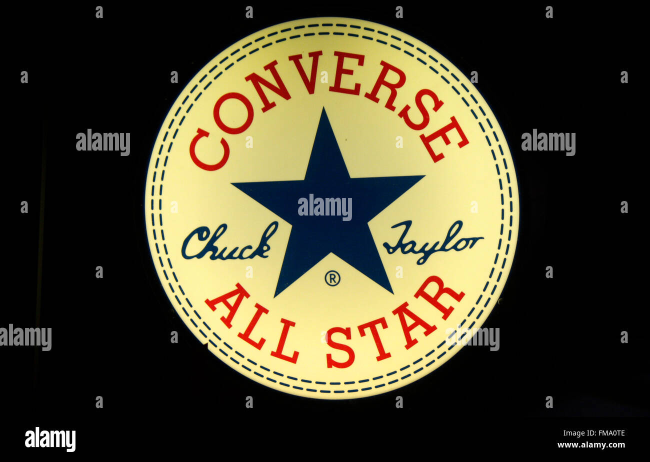 Markenname: 'Converse All Star', Berlin. - Stock Image