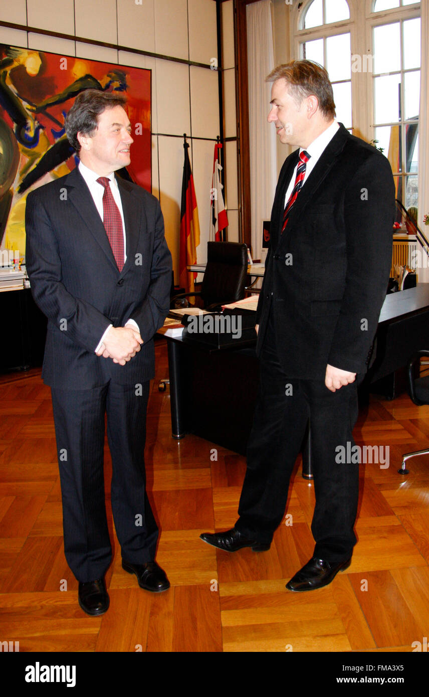 Sir Michael Arthur, Klaus Wowereit - Antrittsbesuch des neuen britischen Botschafters beim Berliner Oberbuergermeister, Stock Photo