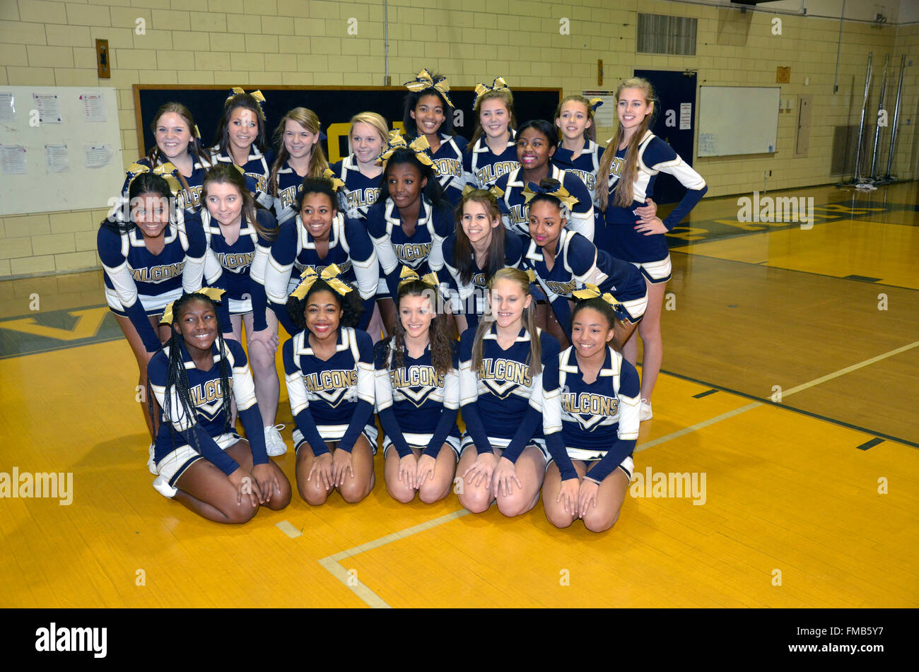 team picture of cheerleaders - Stock Image