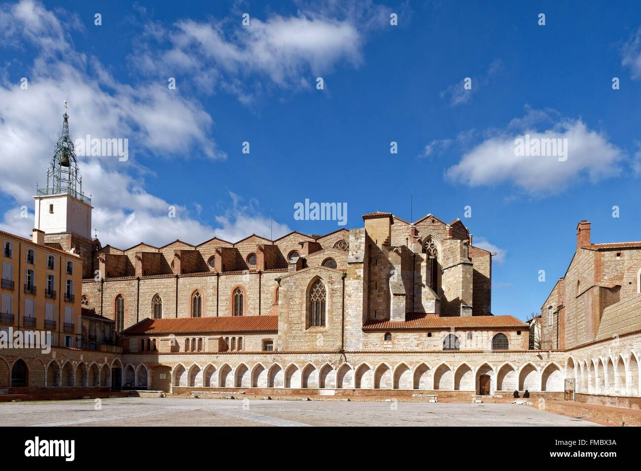 France, Pyrenees Orientales, Perpignan, Saint Jean cathedral and the Campo Santo, the only cloister cemetery in - Stock Image