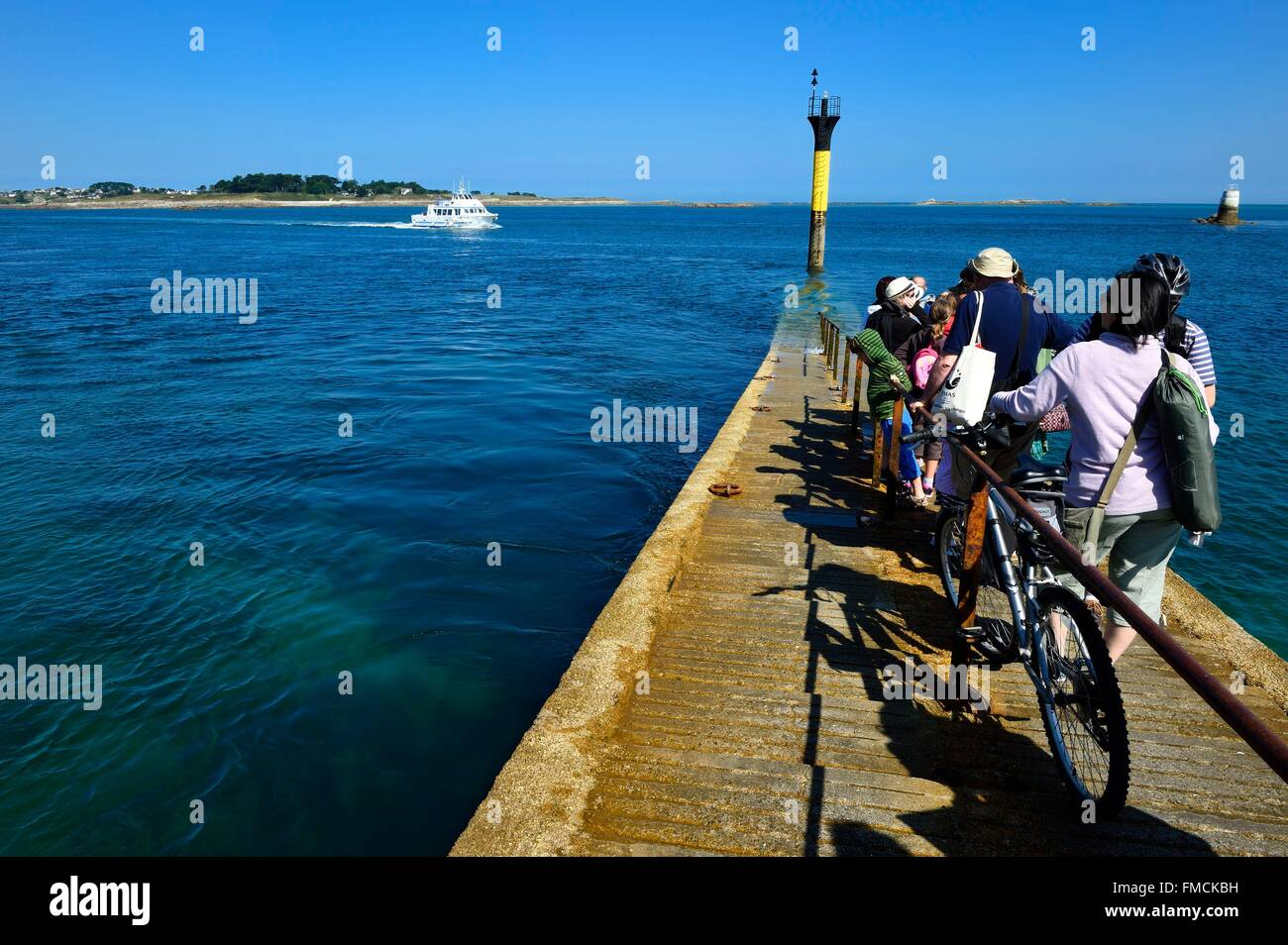 France, Finistere, Roscoff, embarkation for the Batz island - Stock Image