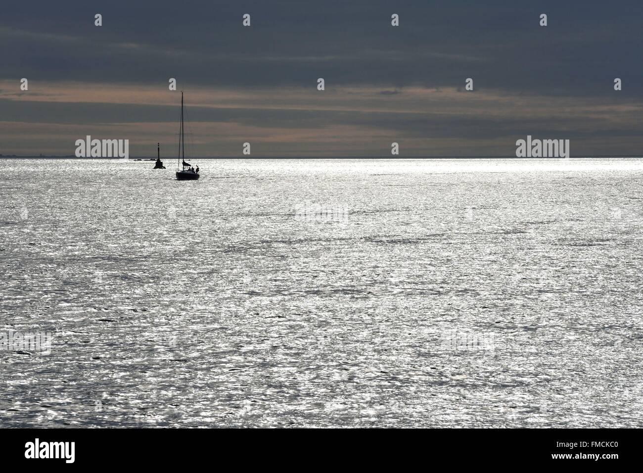 France, Finistere, sailboat off the Ile de Batz - Stock Image