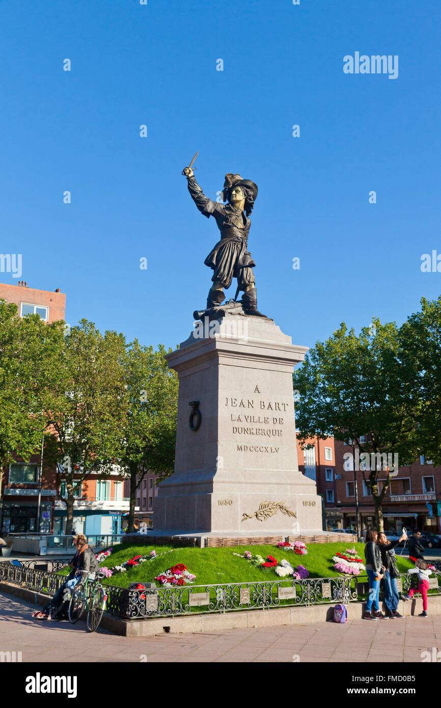 France, Nord, Dunkirk, statue of Jean Bart on Place Jean Bart, the famous French corsair born in Dunkirk Stock Photo