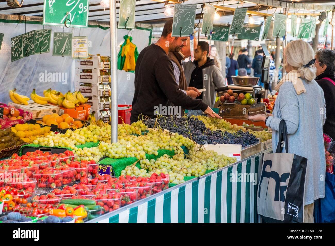 France, Paris, Bastille, Boulevard Richard Lenoir market - Stock Image