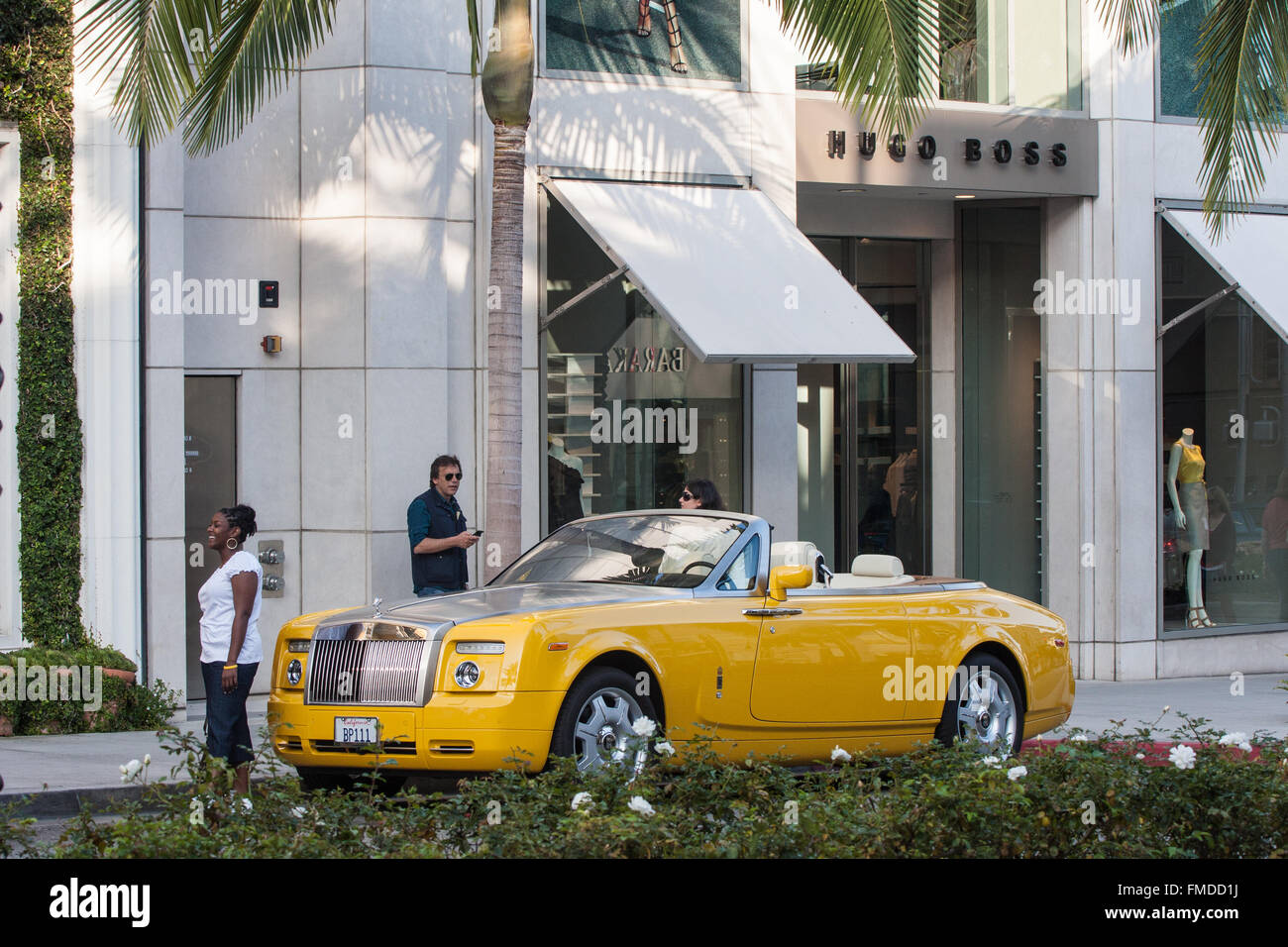 Beverly Hills Motor Cars: Rolls Royce Car On Rodeo Drive In Beverly Hills,Los Stock