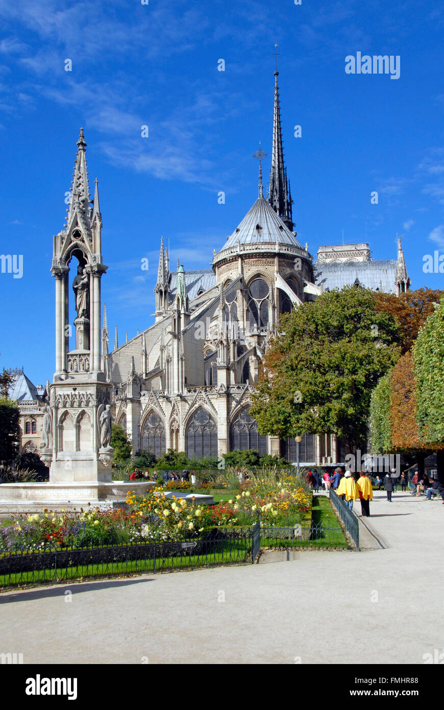Gardens at rear of Nôtre Dame cathedral, Paris - Stock Image