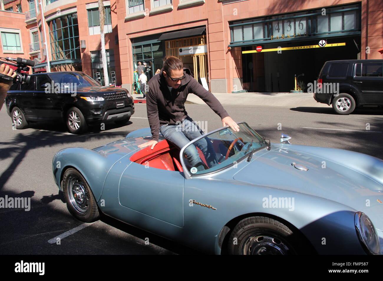 Chris Cornell Jumps Into His Vintage 1955 Porsche Speedster Spyder The Same Model James Dean Drove Featuring Where Beverly Hills