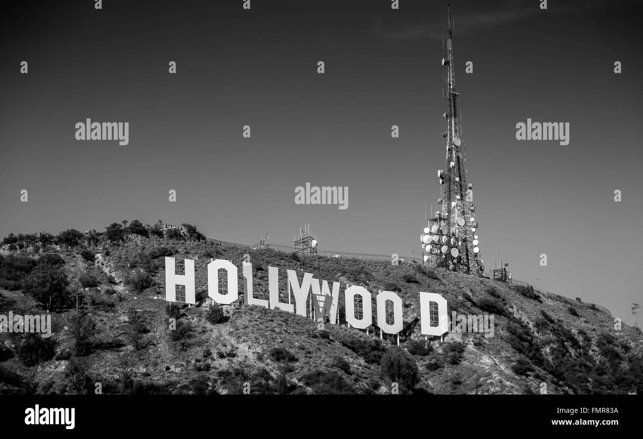 Hollywood Sign Lake Los Angeles