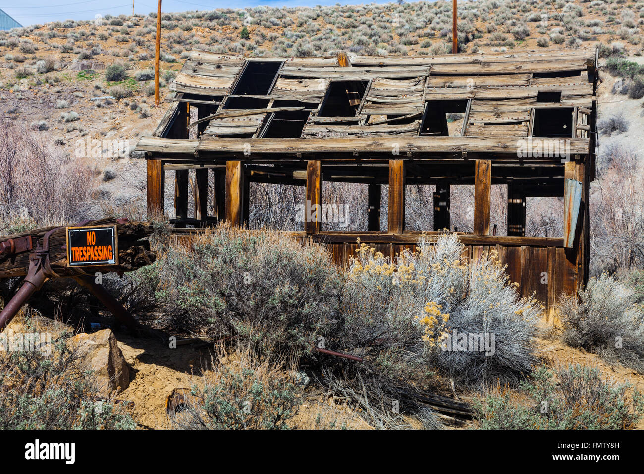 Derelict mining shack in the community of Silver City, Nevada - Stock Image
