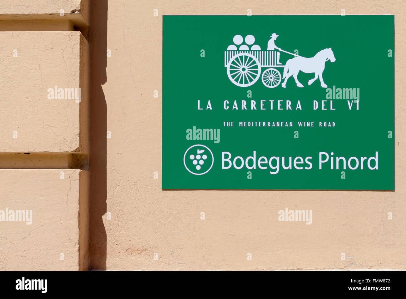 SIgn la carretera del vi mediterranean wine road,bodegues pinord,Vilafranca del Penedès,Catalonia,Spain. - Stock Image