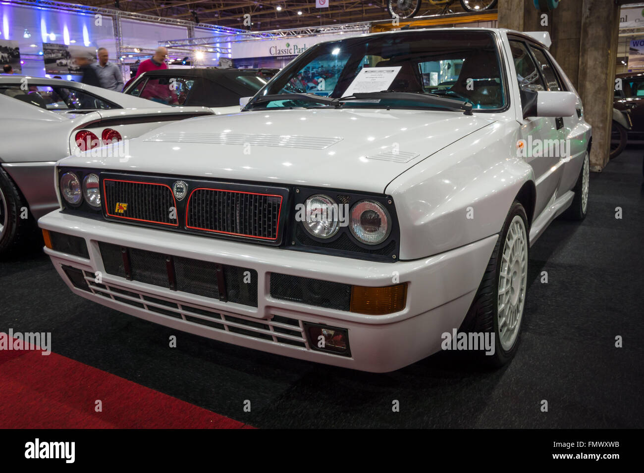 https://c8.alamy.com/comp/FMWXWB/sports-car-lancia-delta-hf-integrale-16v-evoluzione-ii-1993-FMWXWB.jpg