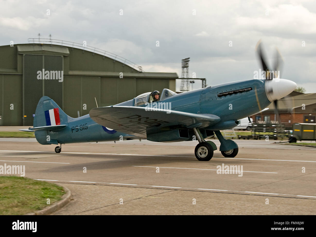 Spitfire PR.Mk.XIX, PS915. - Stock Image
