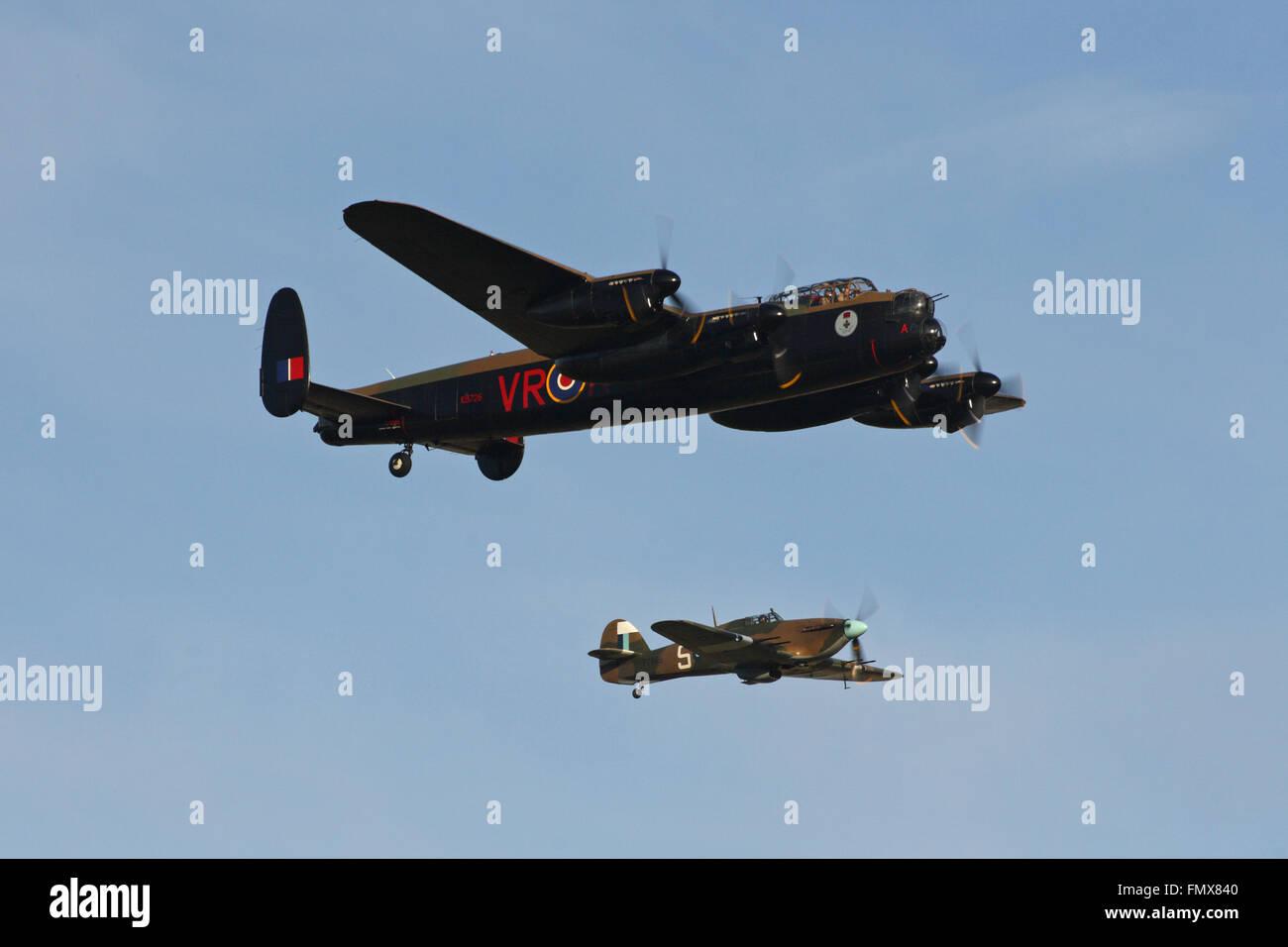 Canadian Warplane Heritage Museum Lancaster Mk.X, FM213 and Hurricane Mk.IIc, PZ865 of the BBMF - Stock Image