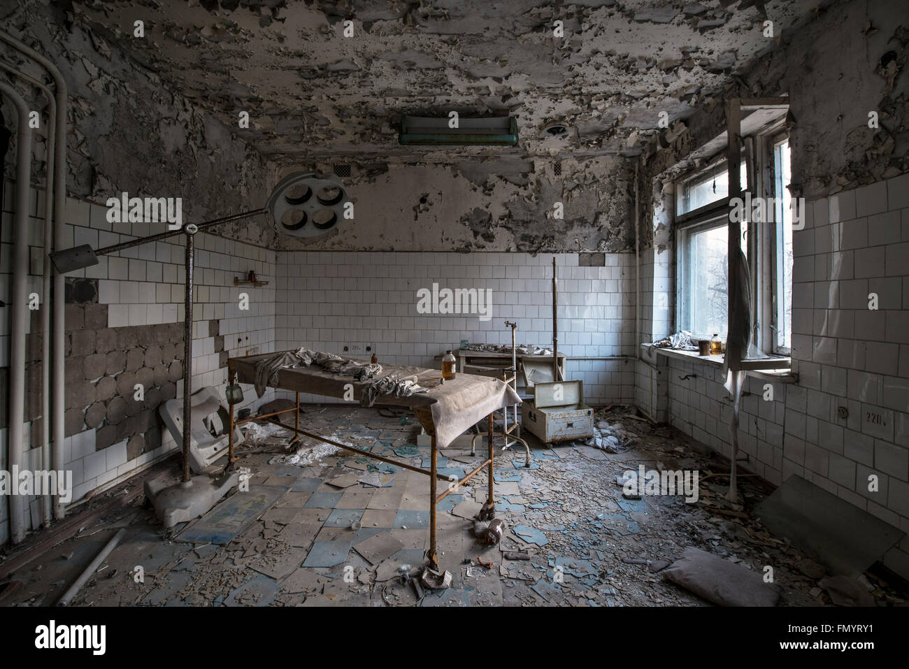 Hospital operating room and table in Pripyat, Chernobyl scene of 1986 nuclear disaster - Stock Image