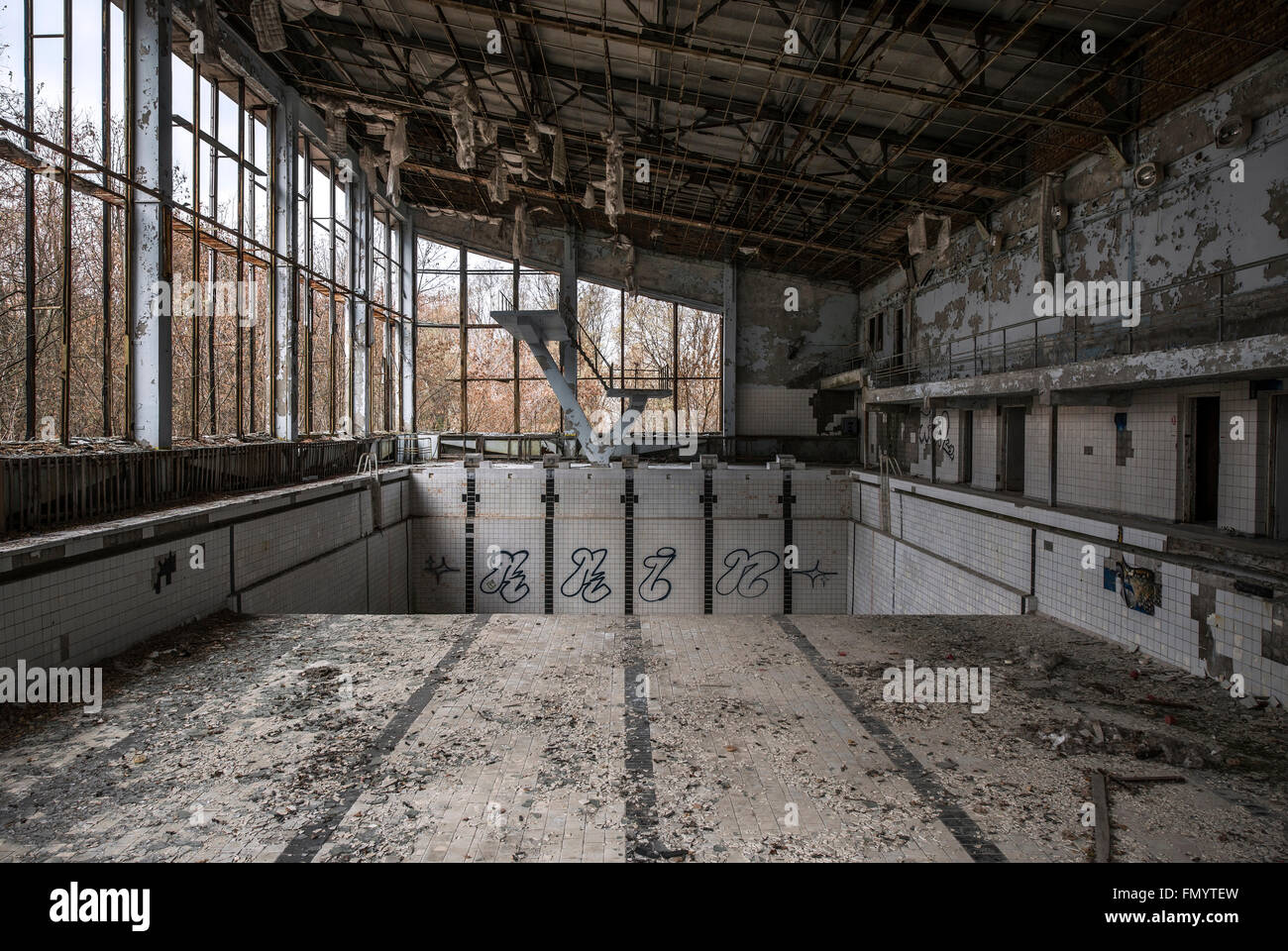 Swimming pool in Pripyat, Chernobyl scene of 1986 nuclear disaster - Stock Image