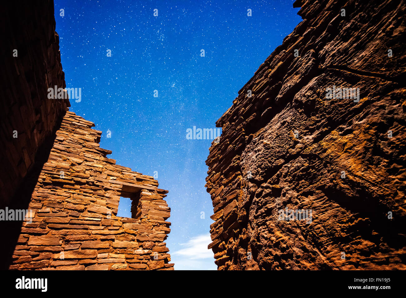 Stars in the sky at night above an 800 year old native american pueblo in northern Arizona - Stock Image