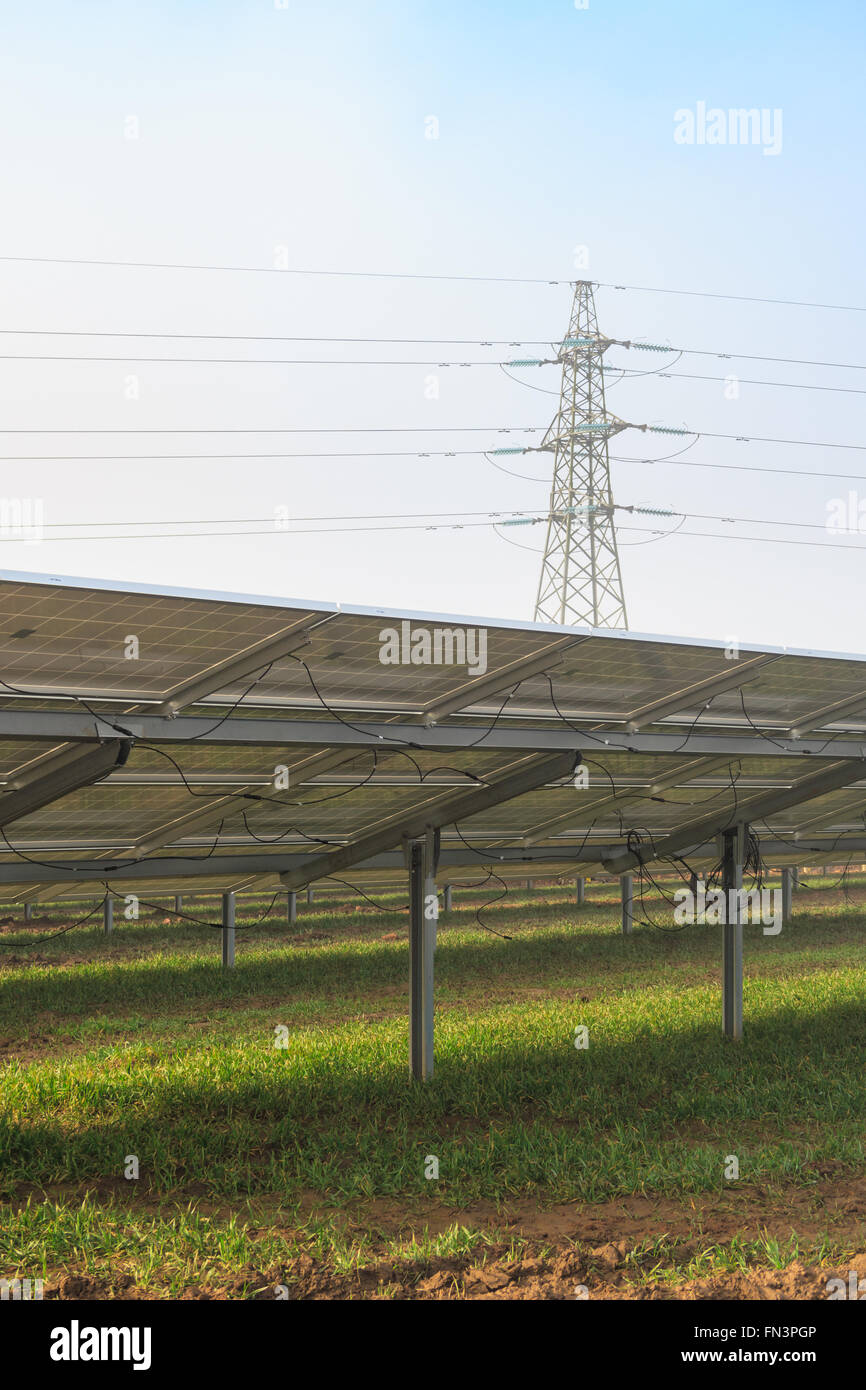 Solar Energy Farm Uk Stock Photos Amp Solar Energy Farm Uk