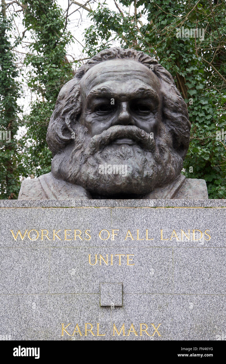 A large bronze bust marks the grave of the German political philosopher Karl Marx. Highgate cemetery, North London, Stock Photo