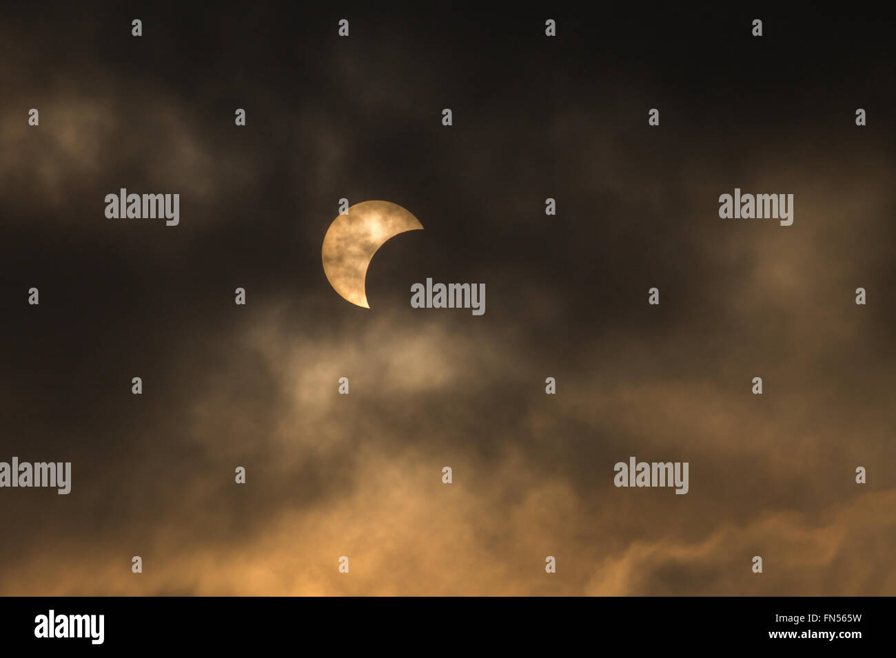 Solar eclipse on March 9, 2016 from Bangkok, Thailand - Stock Image