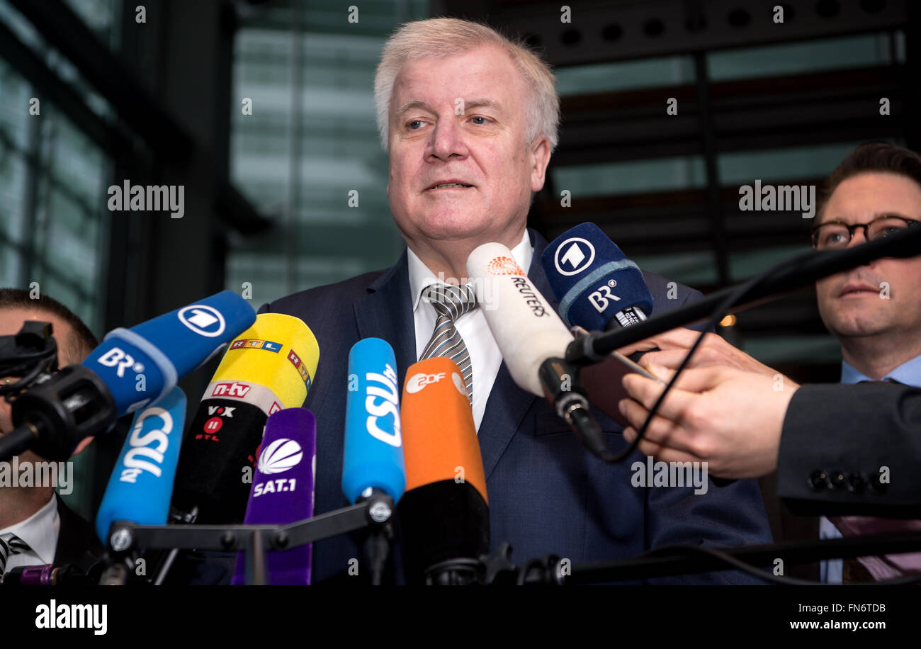 Munich, Germany. 14th Mar, 2016. The Premier of Bavaria, Horst Seehofer (CSU) speaks to journalists prior to the beginning of the CSU party executive meeting in Munich, Germany, 14 March 2016. Photo: Sven Hoppe/dpa/Alamy Live News Stock Photo