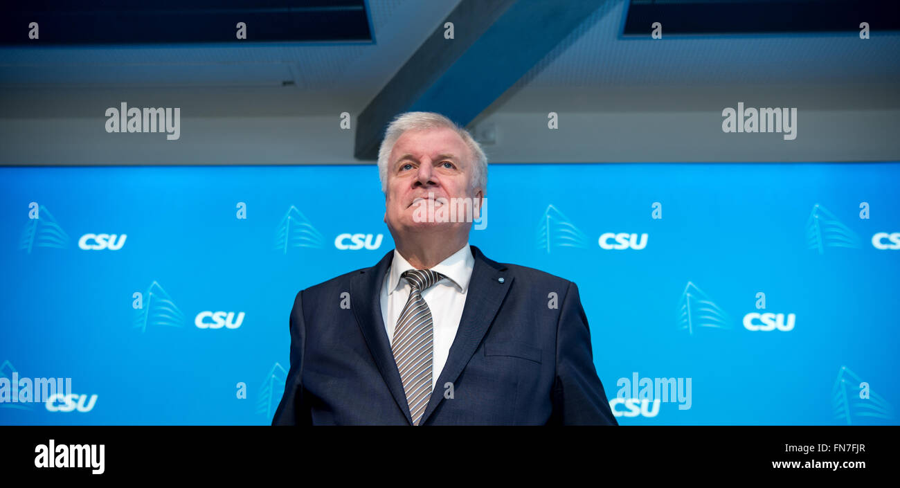 Munich, Germany. 14th Mar, 2016. The Premier of Bavaria, Horst Seehofer (CSU) arrives for the CSU party executive meeting in Munich, Germany, 14 March 2016. Seehofer criticized Merkel's refugee policies and called it the main reason for the losses of the CDU in the state parliament elections. Photo: Sven Hoppe/dpa/Alamy Live News Stock Photo