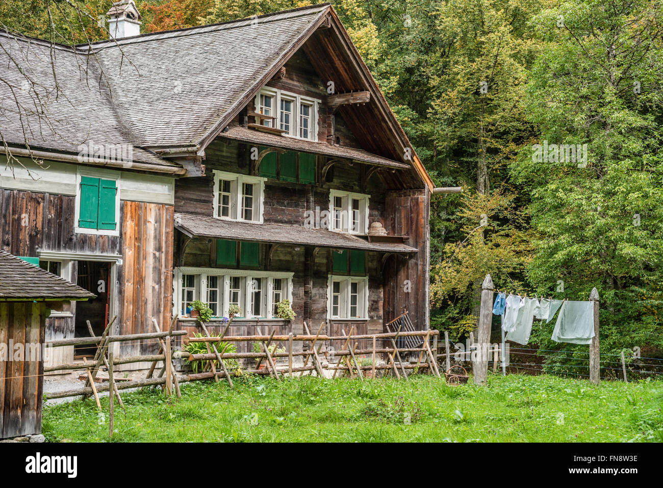 Bruelisau Farmhouse, Open Air Museum Ballenberg, Bern, Switzerland | Bruelisau Bauernhaus, Freilichtmuseum Ballenberg, - Stock Image