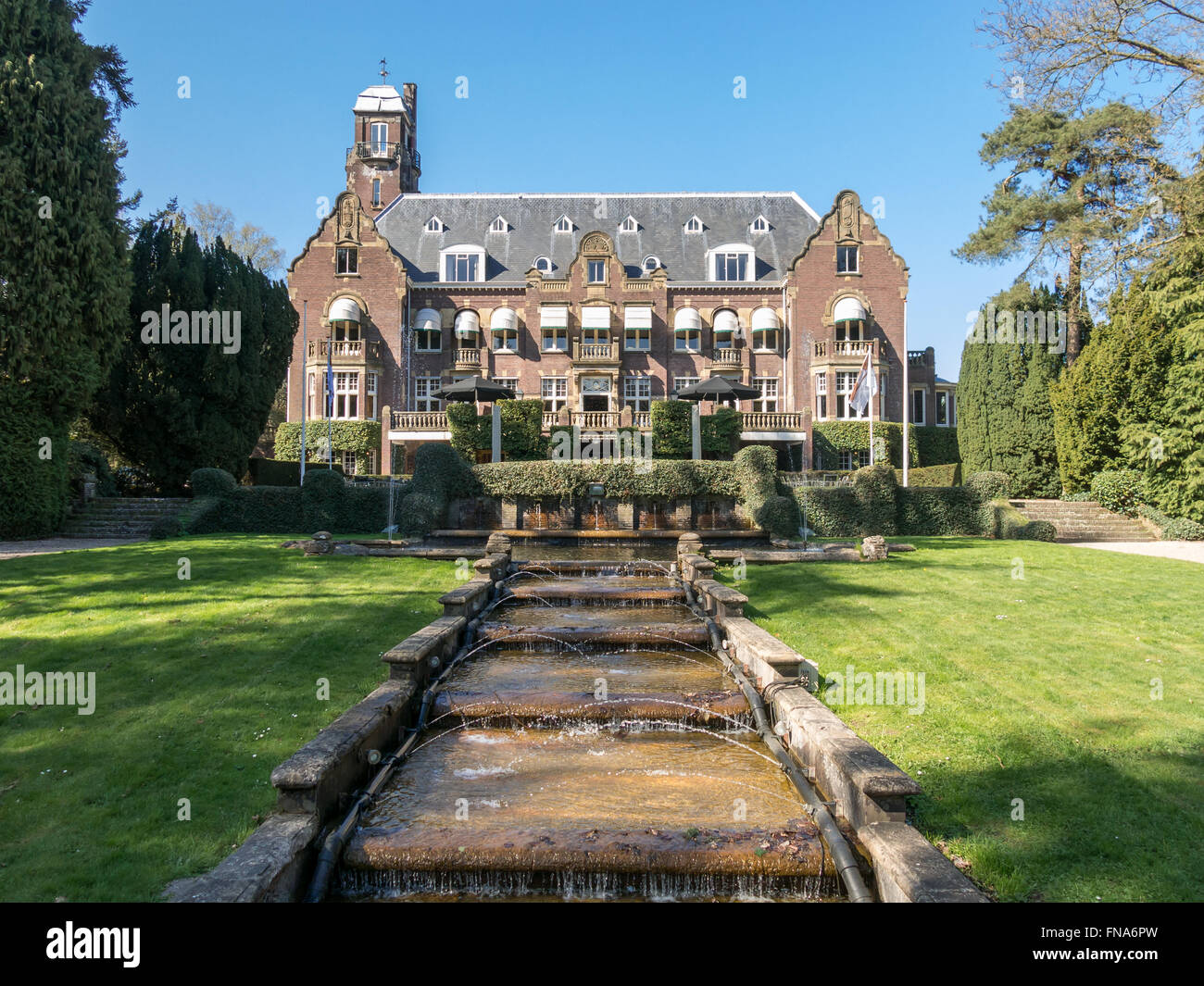 Hotel Castle De Hooge Vuursche between Hilversum and Baarn in the Gooi District, Netherlands - Stock Image